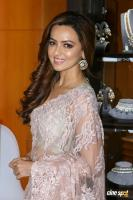 Sana Khan at A Festive Preview Pop Up Fashion Show (3)