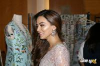 Sana Khan at A Festive Preview Pop Up Fashion Show (5)