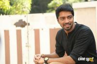 Allari Naresh Interview Photos (15)