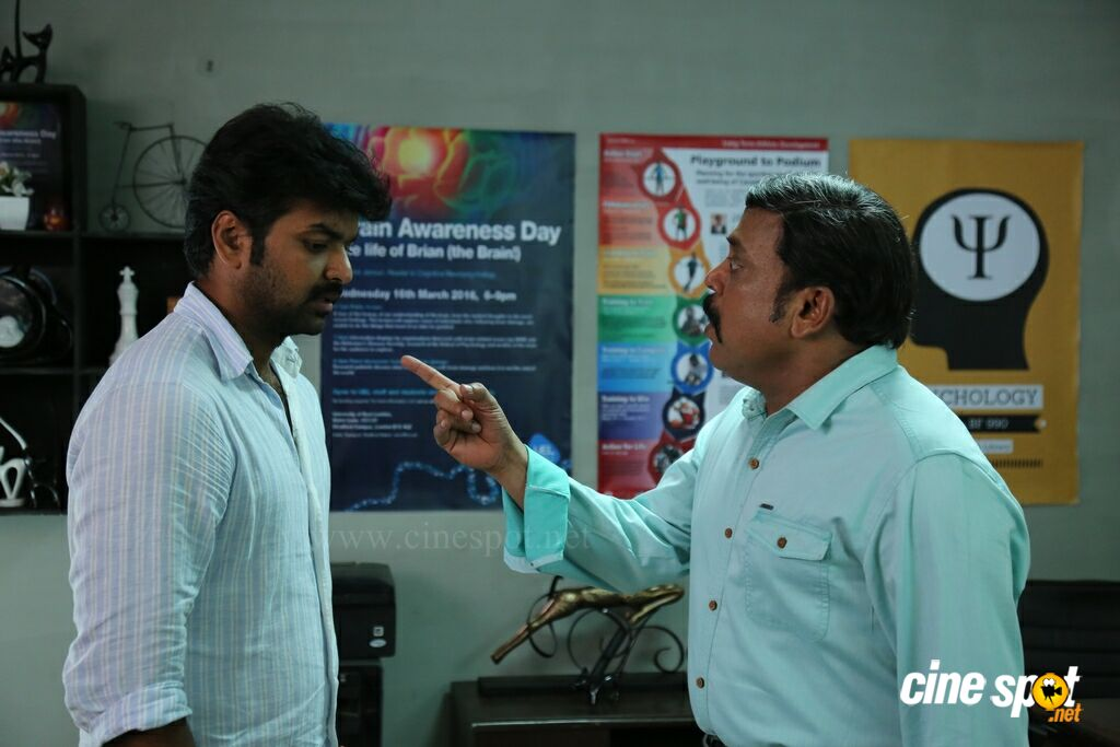 Enakku Vaaitha Adimaigal New Stills (12)