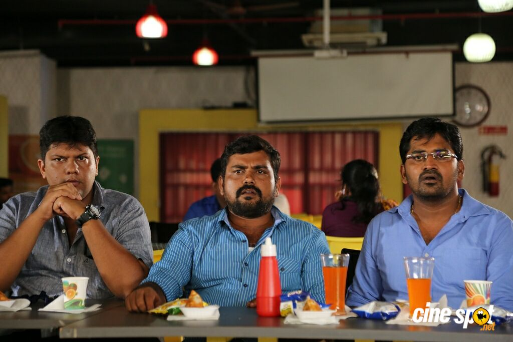 Enakku Vaaitha Adimaigal New Stills (7)