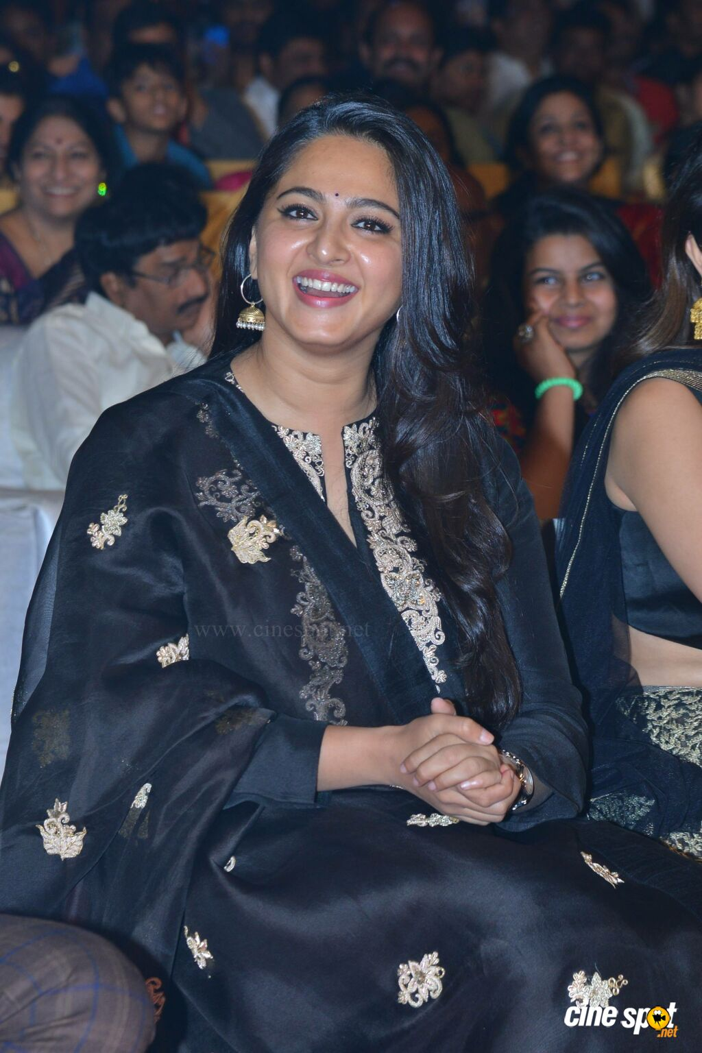 Anushka Shetty at Om Namo Venkatesaya Audio Launch (10)