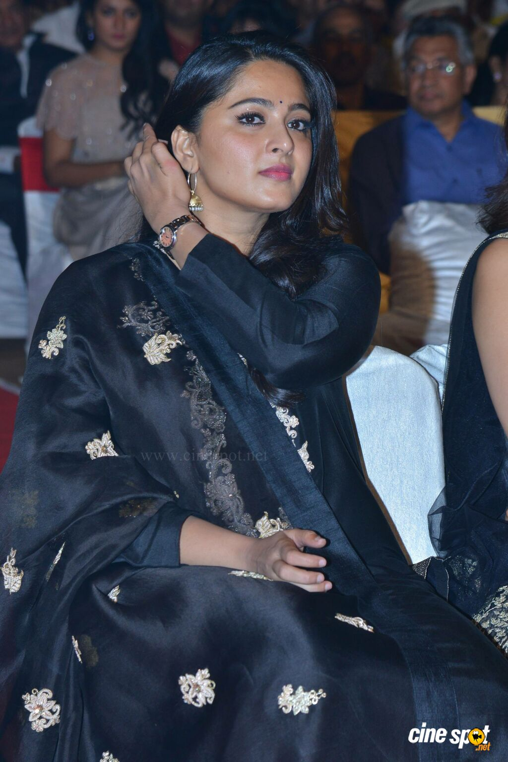 Anushka Shetty at Om Namo Venkatesaya Audio Launch (12)