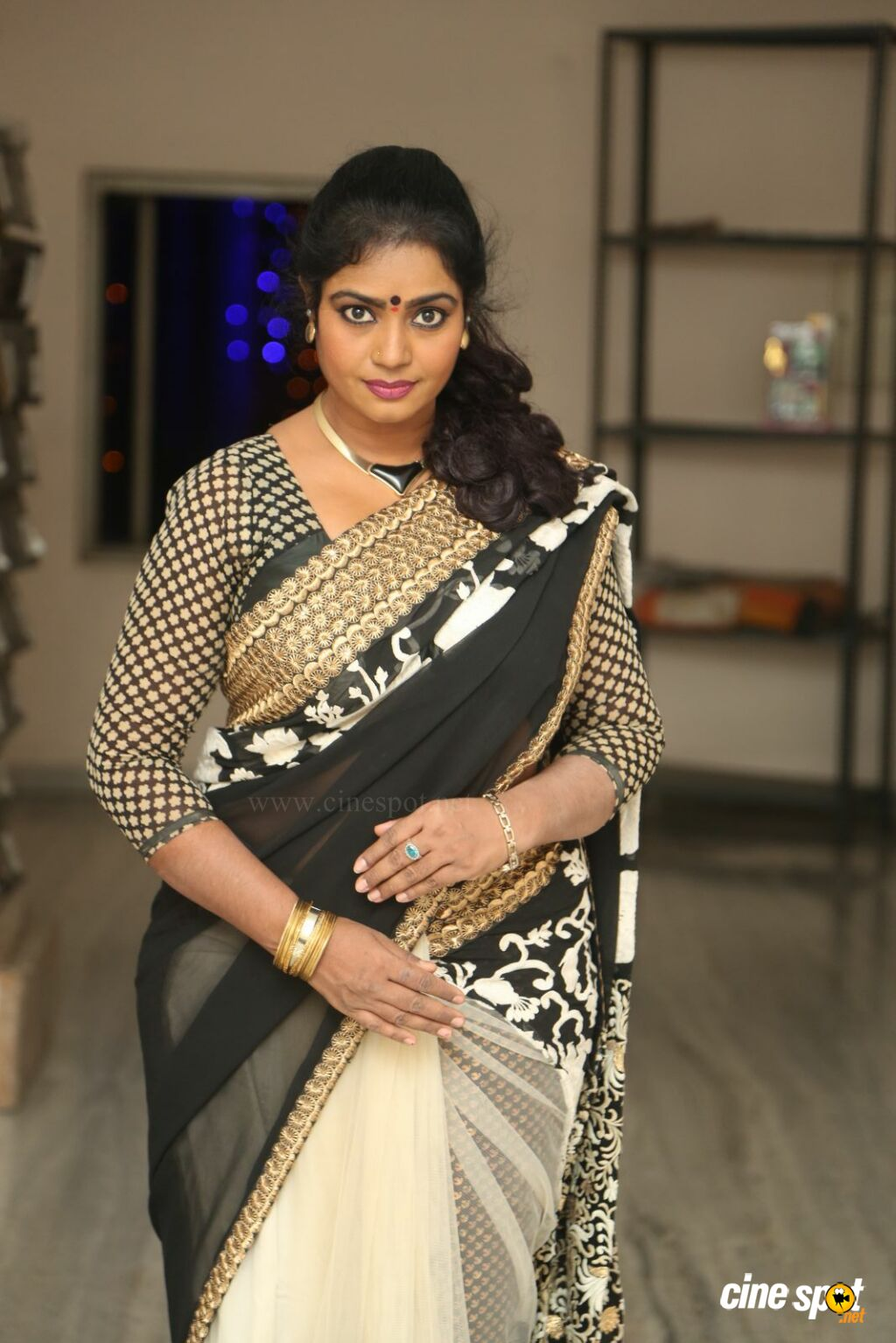 Jayavani New Photos (20)