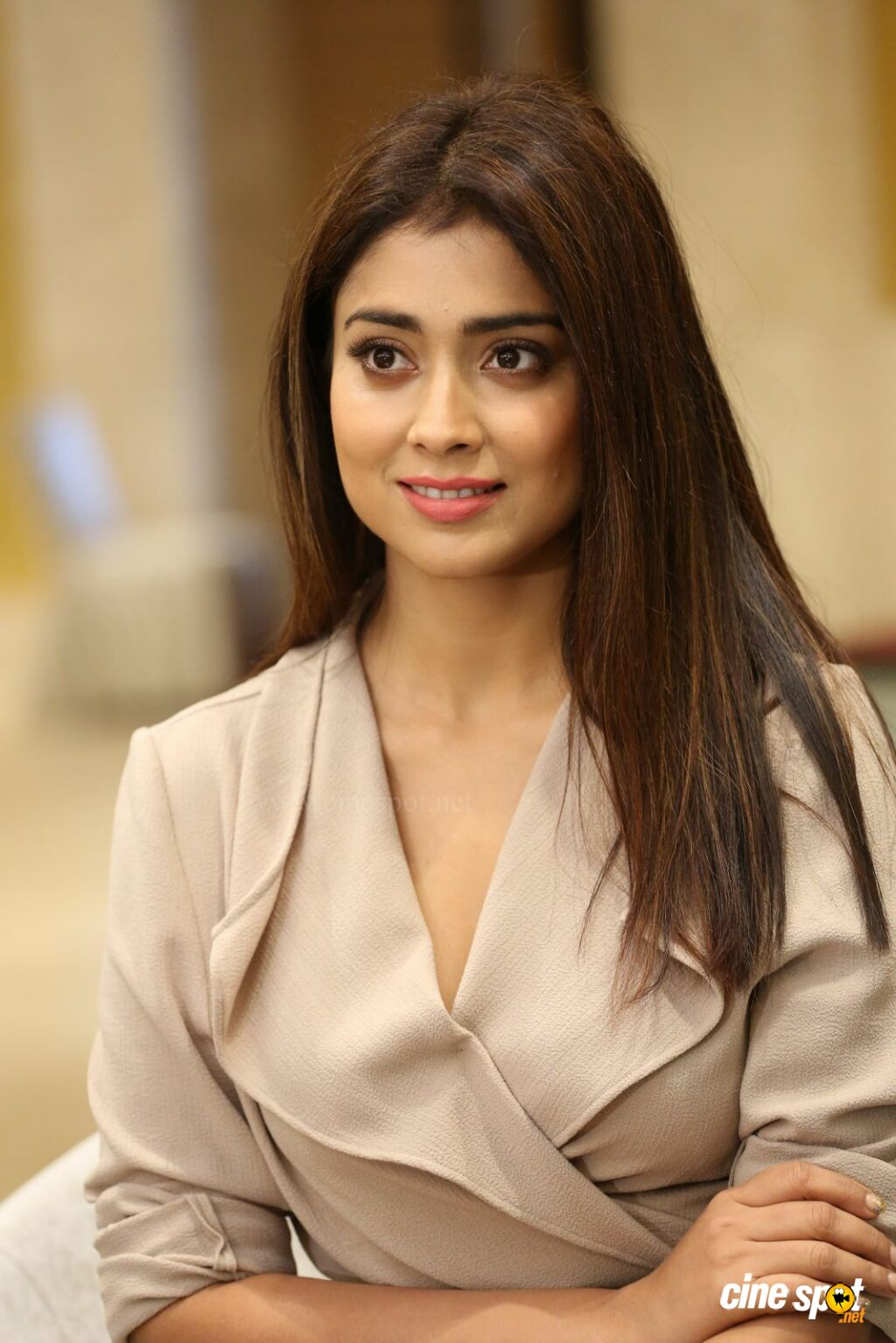 Shriya Saran Latest Stills (23)