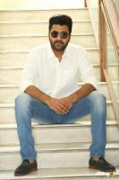 Sharwanand Shatamanam Bhavati Interview (41)