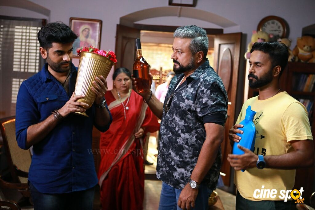Achayans New Stills (10)