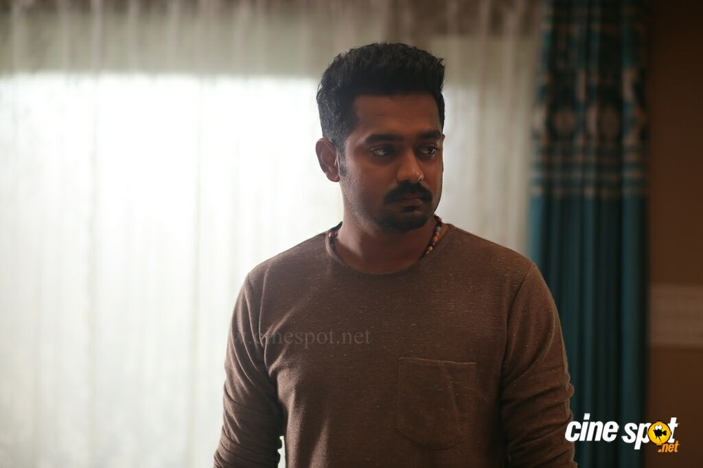 Asif Ali In Honey Bee