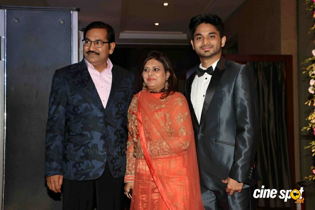Neil Nitin Mukesh Marriage Reception (28)
