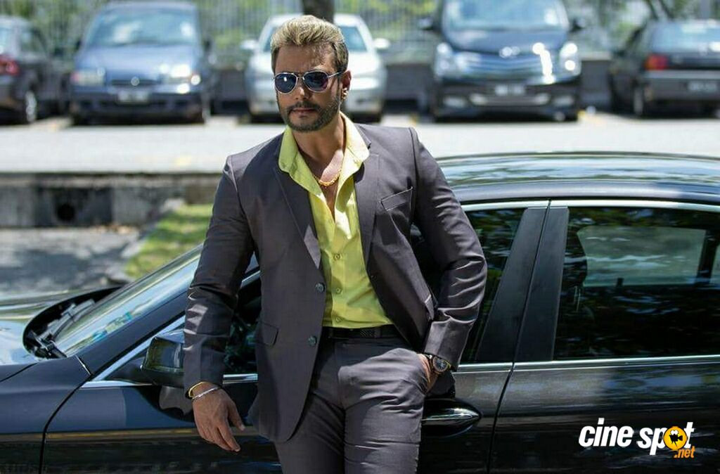 Chakravarthy Movie Stills (7)