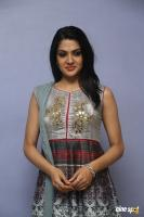 Sakshi Chowdary at Oollo Pelliki Kukkala Hadavidi Press Meet (26)
