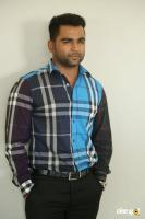 Sachiin J Joshi at Veedevadu Teaser Launch (2)
