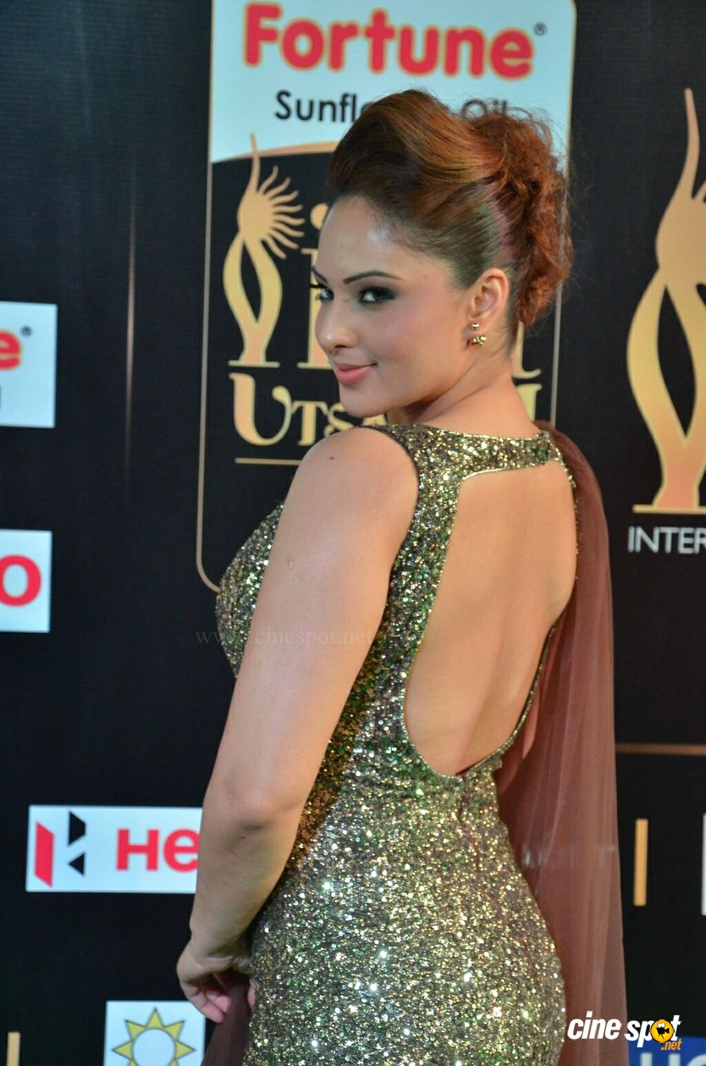 Nikesha Patel at IIFA 2017 (8)