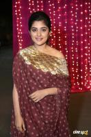 Niveda Thomas at Zee Apsara Awards (4)