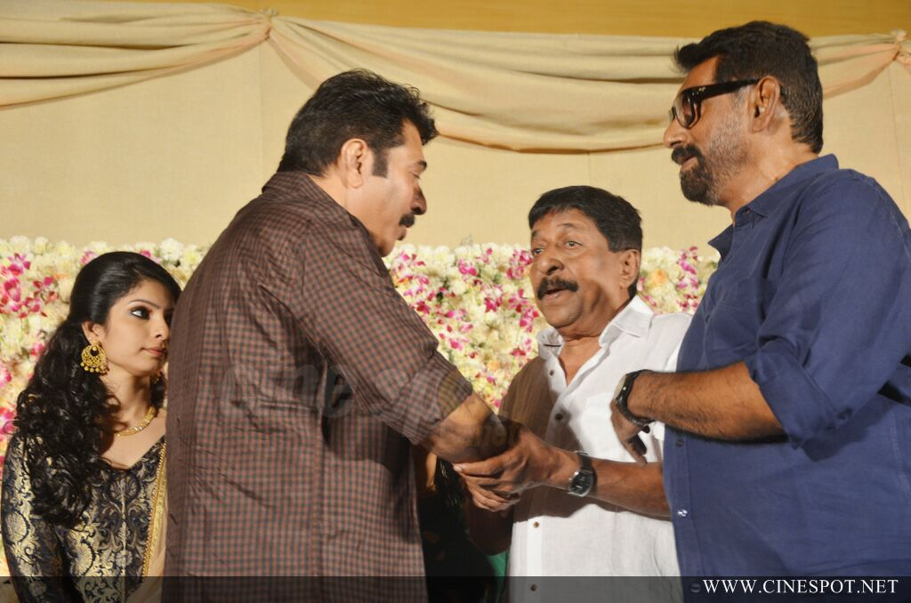 Dhyan Sreenivasan Wedding reception (5)