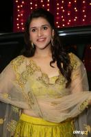 Mannara Chopra at Zee Telugu Apsara Awards (12)