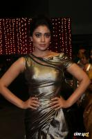 Shriya Saran at Zee Telugu Apsara Awards (6)