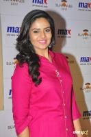 Sreemukhi Latest Images (10)