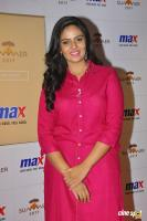 Sreemukhi Latest Images (20)