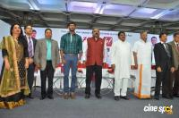 Vishal Launches HowdyDo Messaging App (33)