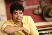 Adivi Sesh Interview Photos (7)