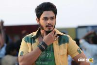 Vinnaithandi Vantha Angel Movie Stills (8)