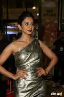Rakul Preet Singh at Filmfare Awards 2017 (5)