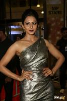 Rakul Preet Singh at Filmfare Awards 2017 (6)