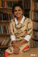 Shraddha Srinath New Photos (3)