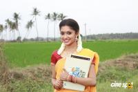 Velai Illa Vivasayee Movie Stills (9)