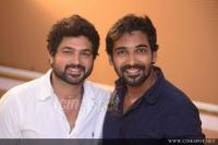 Kavadiyum Vithum Movie Pooja (50)