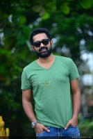 Asif Ali at Thrissivaperoor Kliptham Promo Meet (12)