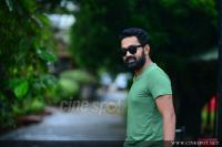 Asif Ali at Thrissivaperoor Kliptham Promo Meet (4)