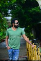 Asif Ali at Thrissivaperoor Kliptham Promo Meet (6)