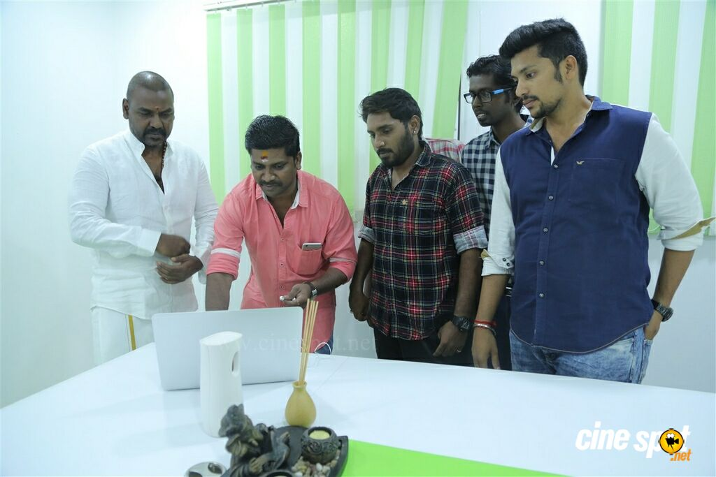 Kaaviyyan Motion Poster Launch (4)