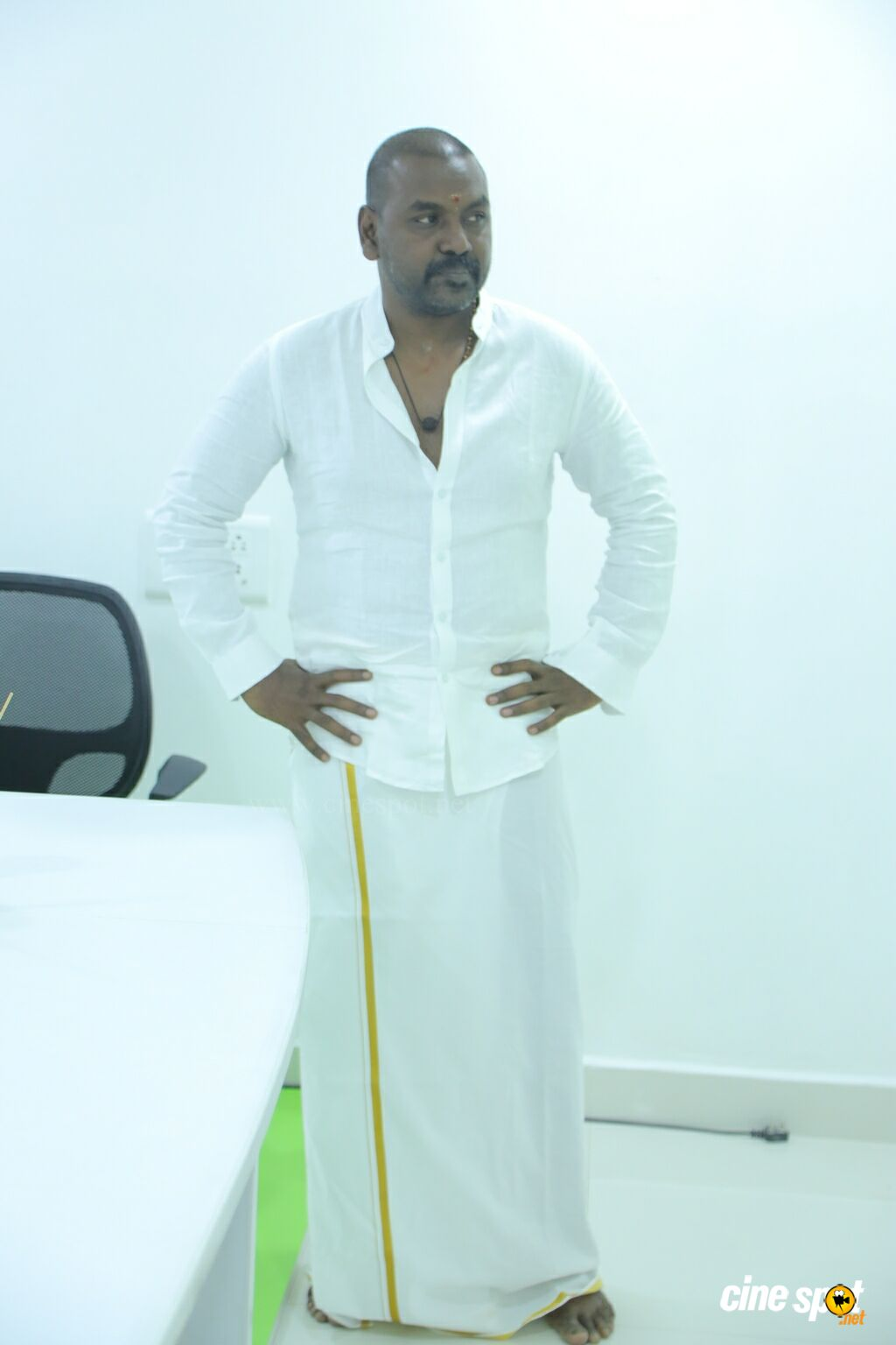 Raghava Lawrence Launches Vaadu Osthadu Motion Poster (1)