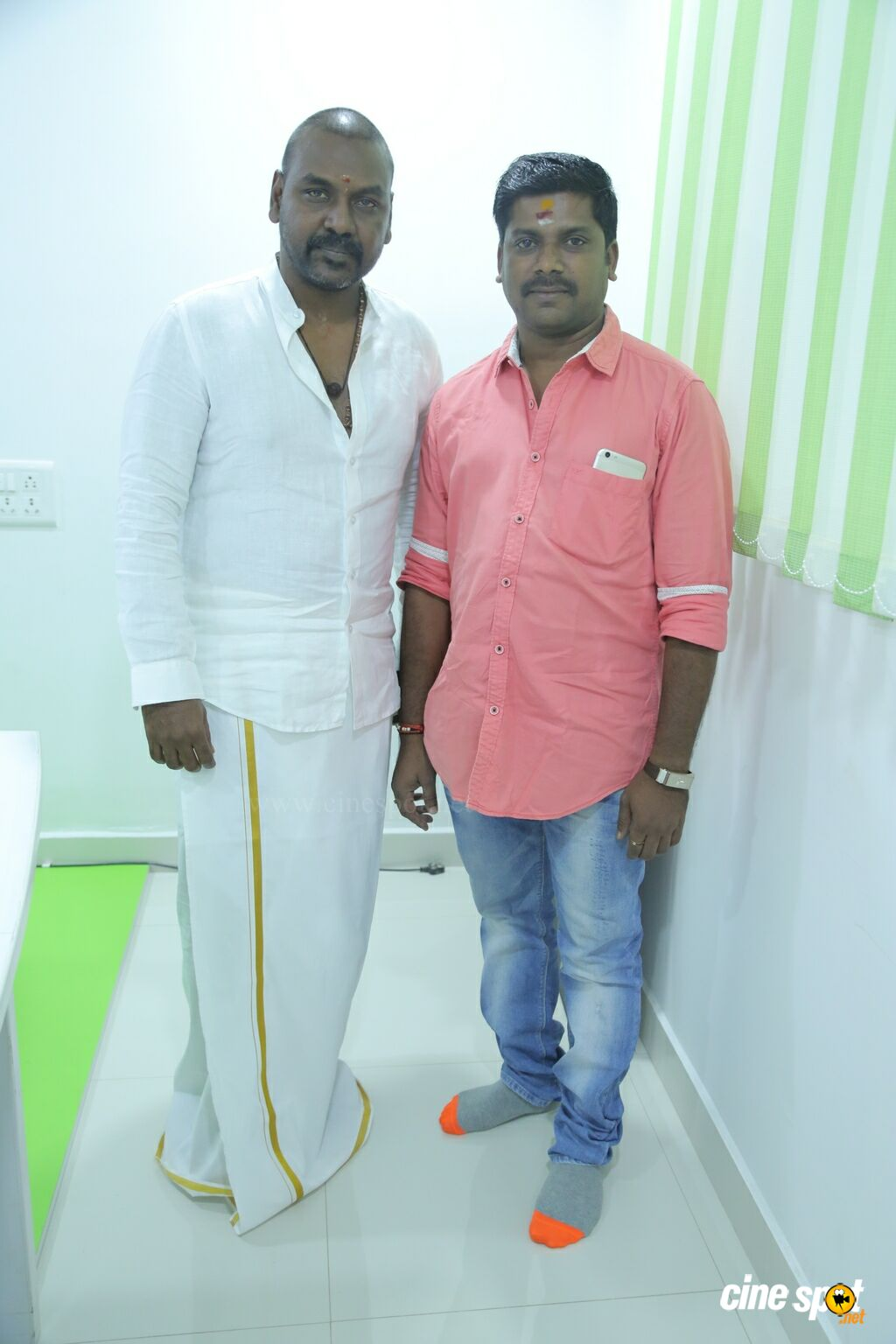 Raghava Lawrence Launches Vaadu Osthadu Motion Poster (8)