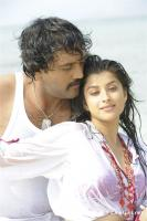Aa okkadu telgu movie photos (17)