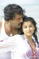 Aa okkadu telgu movie photos (18)