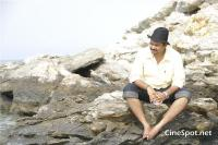 Aa okkadu telgu movie photos (19)