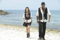 Aa okkadu telgu movie photos (26)