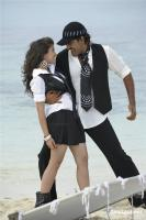 Aa okkadu telgu movie photos (27)