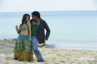 Aa okkadu telgu movie photos (32)