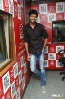Allari Naresh At Red FM (2)