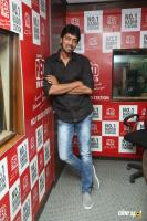 Allari Naresh At Red FM (5)