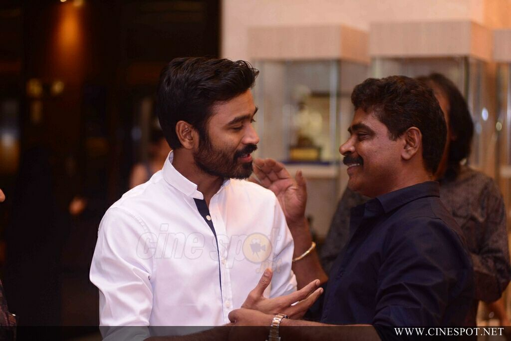 VIP 2 Promotion Event At Oberon Mall (2)