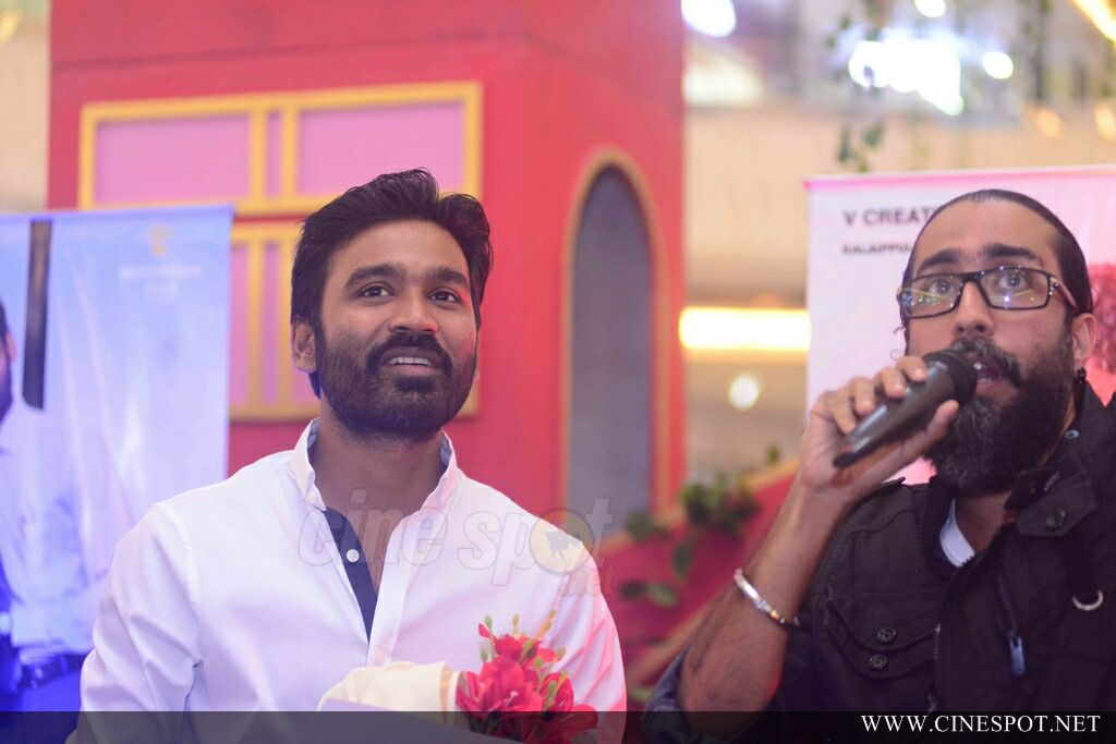 VIP 2 Promotion Event At Oberon Mall (30)
