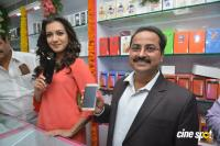 Catherine Tresa Launches B New Mobile Store (14)