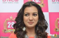 Catherine Tresa at B New Mobile Store Launch (8)
