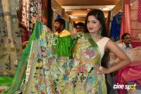 Lipsa Mishra Inaugurates Silk India Expo (12)